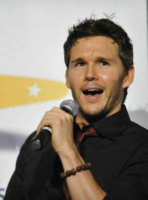 True Blood's Ryan Kwanten hanging out at the Underground for his November 27th birthday
